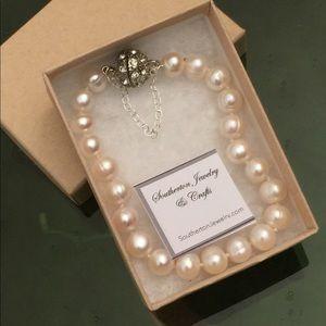 """8"""" White Freshwater Pearl Bracelet, SJC"""